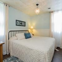 Carriage House Bedroom #1
