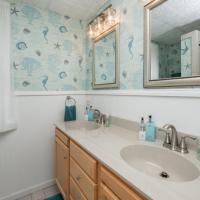 Carriage House Bathroom #1