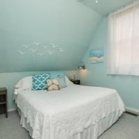 Carriage House Bedroom #2